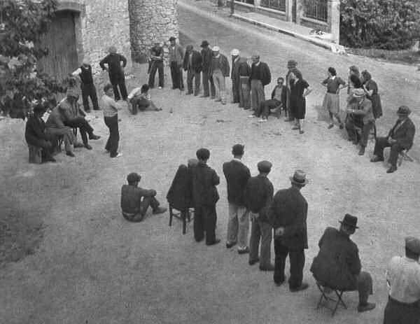 petanque couloir traditional - apprendre le jeu de  pétanque - ses regles et le choix des boules